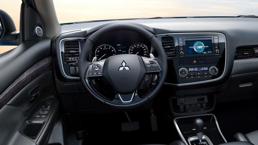 Vô lăng trên Mitsubishi Outlander